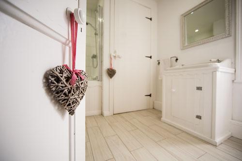 Farran House Main Bathroom